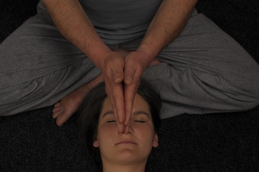 Ritrovare l'equilibrio con il massaggio tibetano
